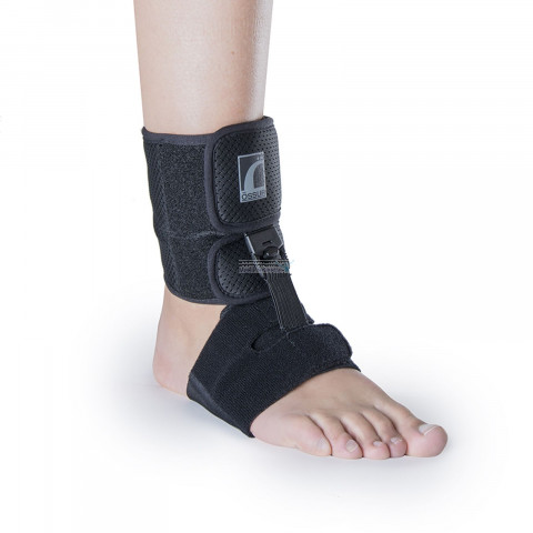 Shoeless foot-up brace
